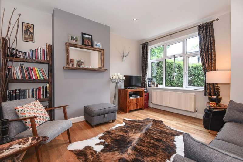 2 Bedrooms Maisonette Flat for sale in Ashbourne Avenue, Harrow on the Hill, HA2