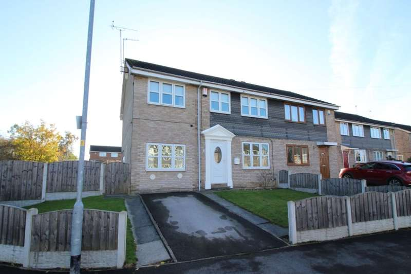 4 Bedrooms Semi Detached House for sale in Helston Road, Normanton, WF6