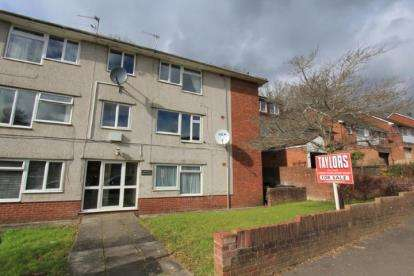 Flat for sale in Woolaston Avenue, Lakeside, Cardiff, Wales
