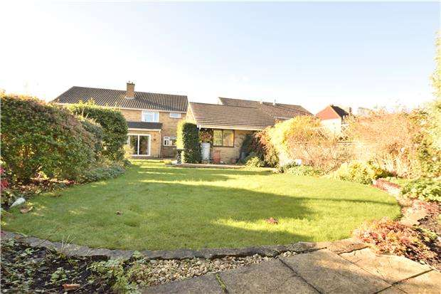 3 Bedrooms Semi Detached House for sale in Nicholas Lane, St George, BS5 8TY