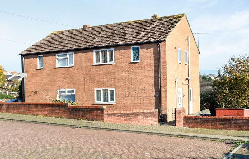 3 Bedrooms Semi Detached House for sale in Hillary Rise, Barry
