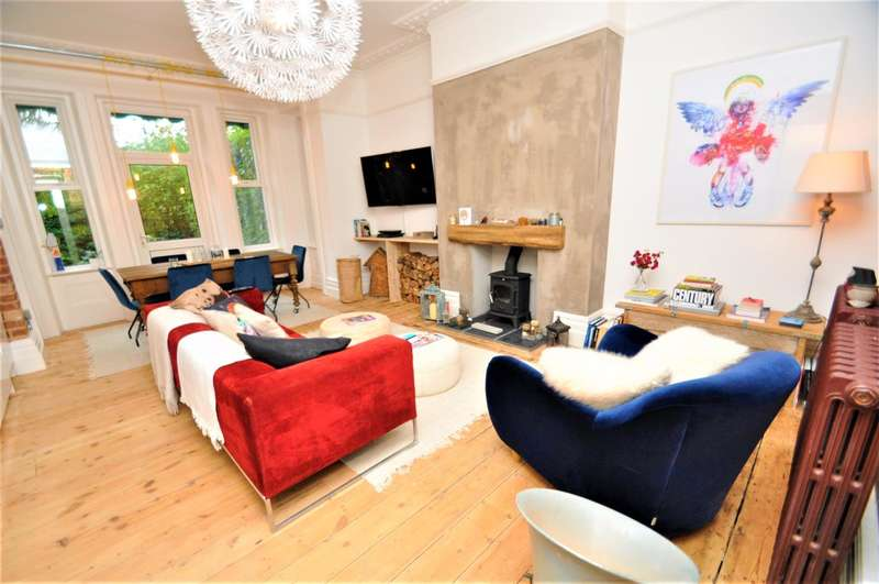 3 Bedrooms Apartment Flat for sale in Westbourne