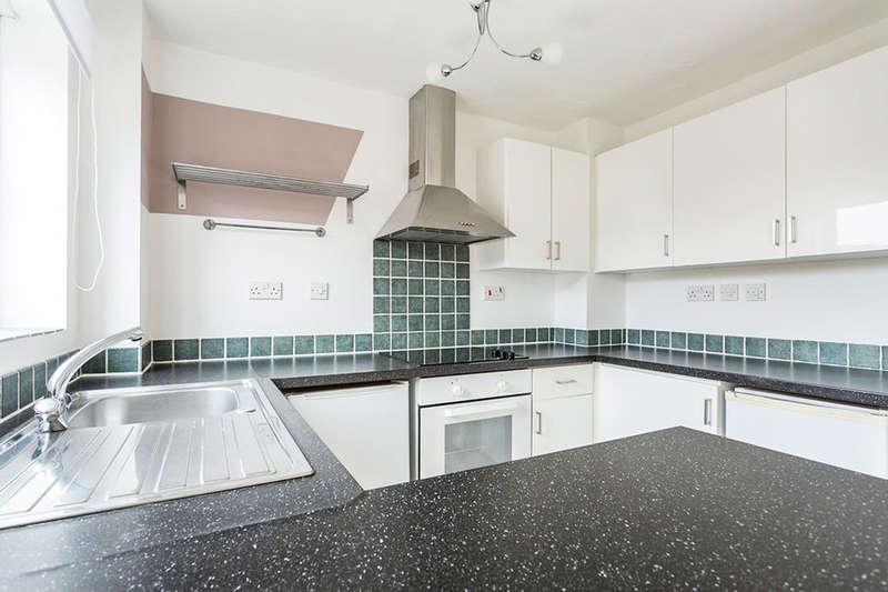2 Bedrooms Flat for sale in Joseph Hardcastle Close, London, SE14