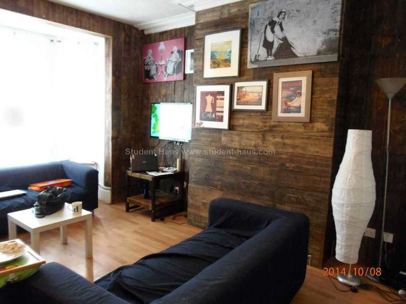 8 Bedrooms House for rent in Ladybarn Lane, Manchester