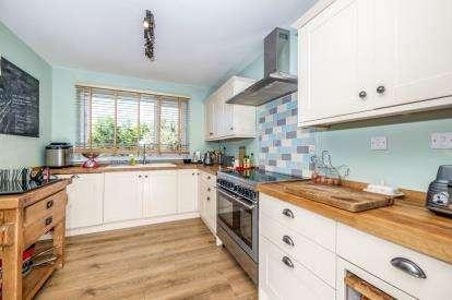 5 Bedrooms Detached House for sale in Bishopsteignton, Teignmouth, Devon