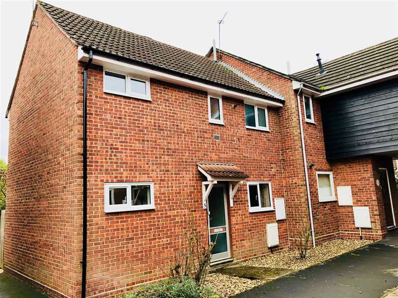 3 Bedrooms Semi Detached House for sale in Stour Walk, Colchester