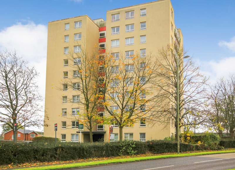 2 Bedrooms Apartment Flat for sale in SUPERBLY PRESENTED 2 DOUBLE BED 6th FLOOR APARTMENT with BALCONY in Leverstock Green