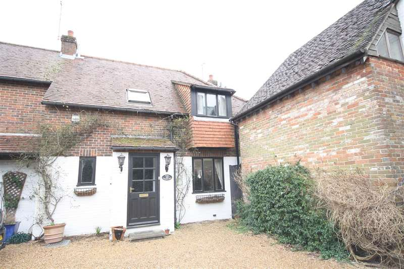 3 Bedrooms House for rent in The Chantry, Winchester Road, Fareham
