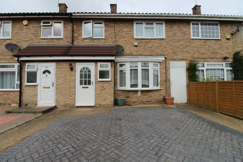 3 Bedrooms Terraced House for sale in Marescroft Road, Slough, SL2