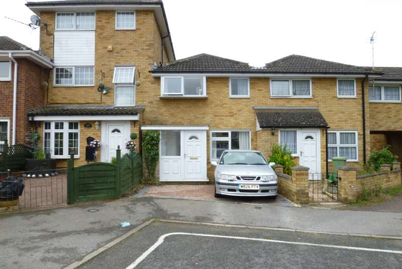 3 Bedrooms Terraced House for sale in Hornbeam, Newport Pagnell, Buckinghamshire