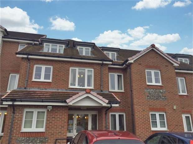 2 Bedrooms Flat for sale in 47 Church Street, Littlehampton, West Sussex