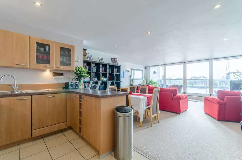 2 Bedrooms Flat for sale in Capital East Apartments, Royal Docks, E16