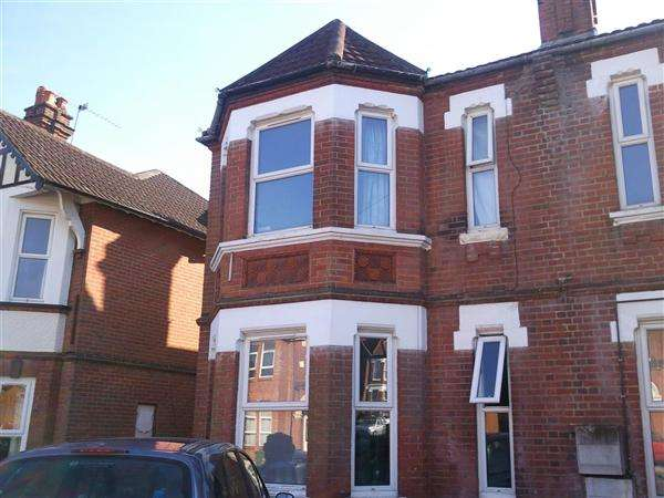 8 Bedrooms Semi Detached House for rent in Alma Road, Available from 1st July 2018, Southampton