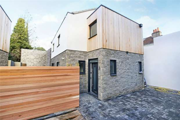3 Bedrooms Detached House for sale in 57 - 59 High Street, Westbury On Trym, Bristol