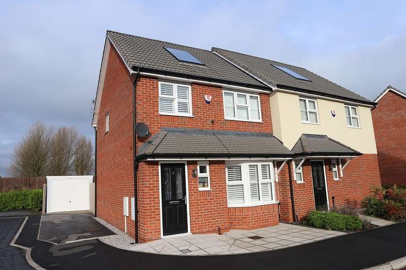 3 Bedrooms Property for rent in Ashton Close, Liverpool, Merseyside. L25 9AB