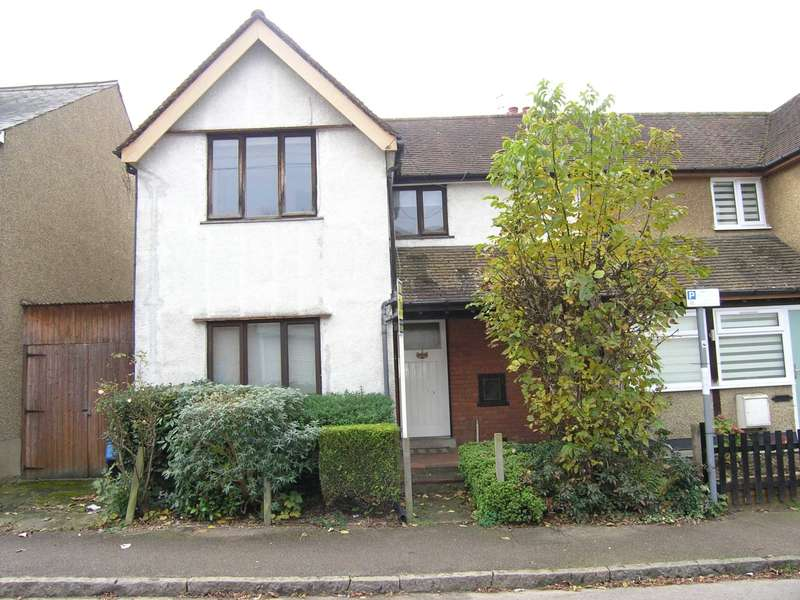 2 Bedrooms Semi Detached House for sale in Vale Road, Bushey