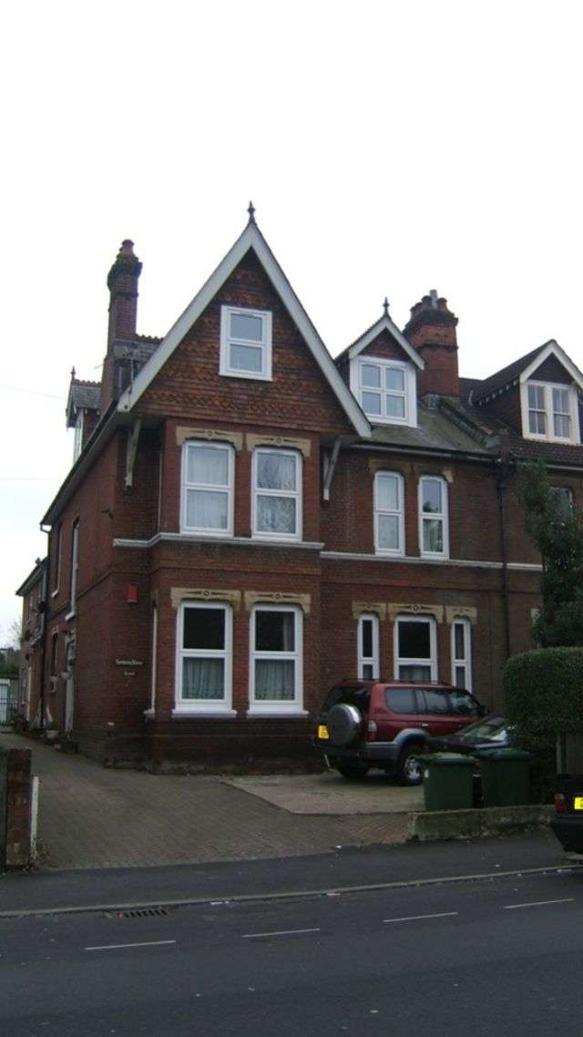 9 Bedrooms Semi Detached House for rent in Brookvale Road, Portswood, Southampton