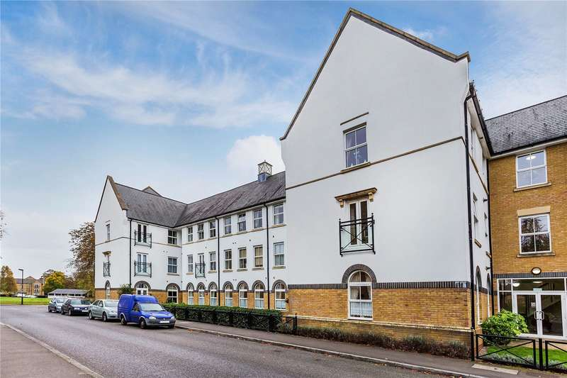 2 Bedrooms Flat for sale in Boundary Point, Coldstream Road, Caterham, Surrey, CR3