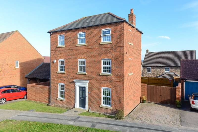 3 Bedrooms Detached House for sale in Imperial Way, Singleton, Ashford, TN23