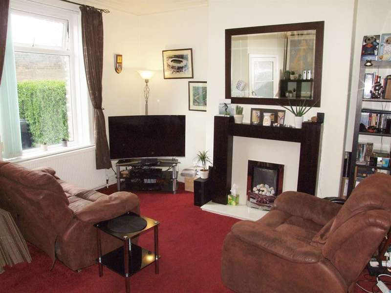 2 Bedrooms Terraced House for sale in Hanson Lane, Halifax, HX1 4QW