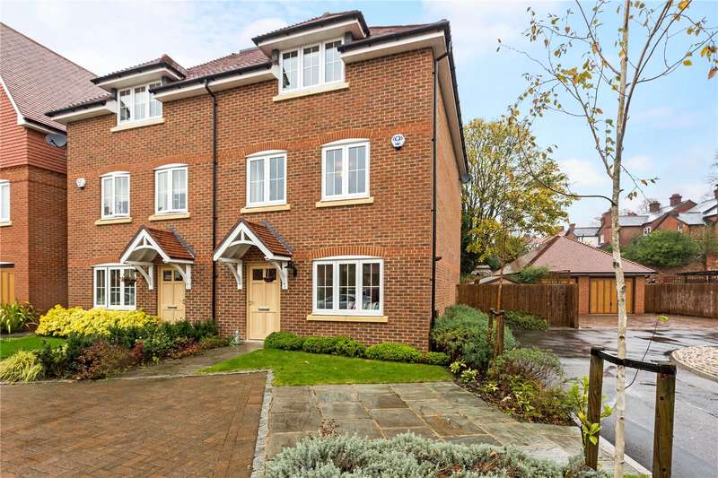 4 Bedrooms Semi Detached House for sale in Leander Way, Maidenhead, Berkshire, SL6
