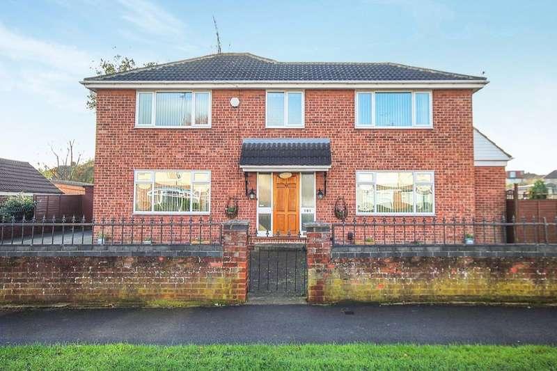 4 Bedrooms Detached House for sale in Green Lane, Leeds, LS15