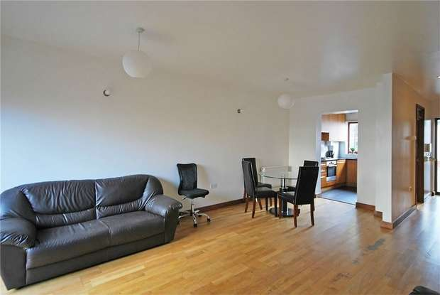 3 Bedrooms End Of Terrace House for rent in Pomeroy, Street, New Cross Gate