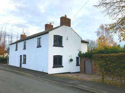 3 Bedrooms Semi Detached House for sale in Smithy Brow, Croft, Warrington, Cheshire