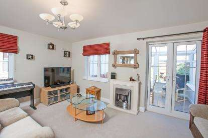 3 Bedrooms End Of Terrace House for sale in Little Canfield, Dunmow, Essex