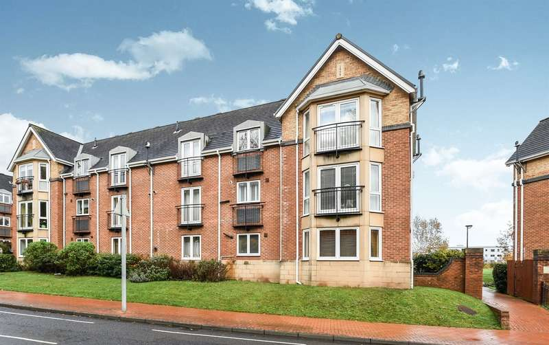 2 Bedrooms Apartment Flat for sale in The Moorings, Penarth