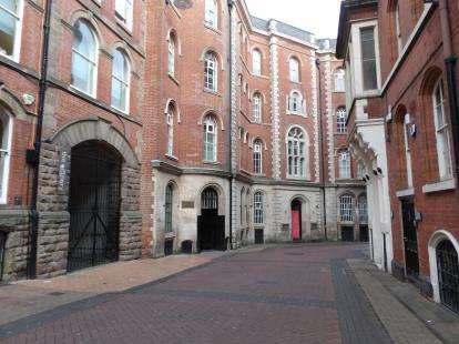 1 Bedroom Flat for sale in The Establishment, 3 Broadway, Nottingham, Nottinghamshire