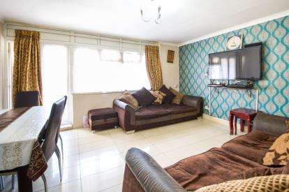 3 Bedrooms Maisonette Flat for sale in Leyton, London, Waltham Forest