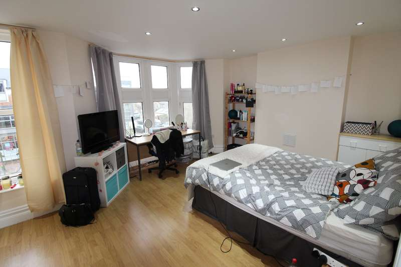 7 Bedrooms House for rent in Cathays terrace, Cathays, Cardiff