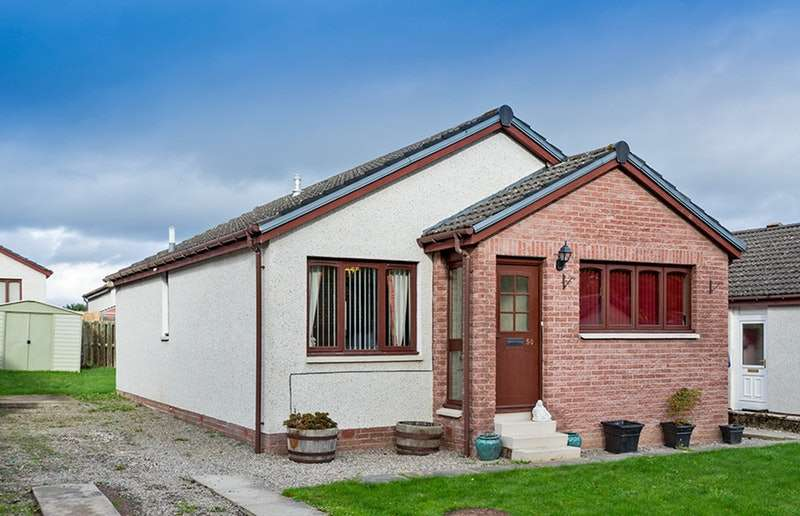 3 Bedrooms Bungalow for sale in Newton Park, Inverness, Highland, IV5
