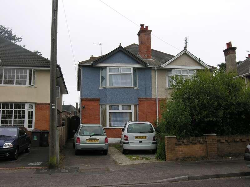 4 Bedrooms House for rent in 4 bedroom Semi Detached House in Winton