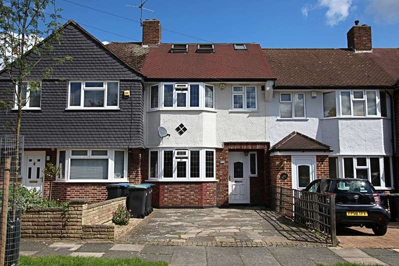 4 Bedrooms Property for sale in Kenilworth Crescent, Enfield