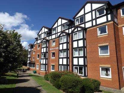 1 Bedroom Flat for sale in Rhoslan Park, 76 Conway Road, Colwyn Bay, Conwy, LL29