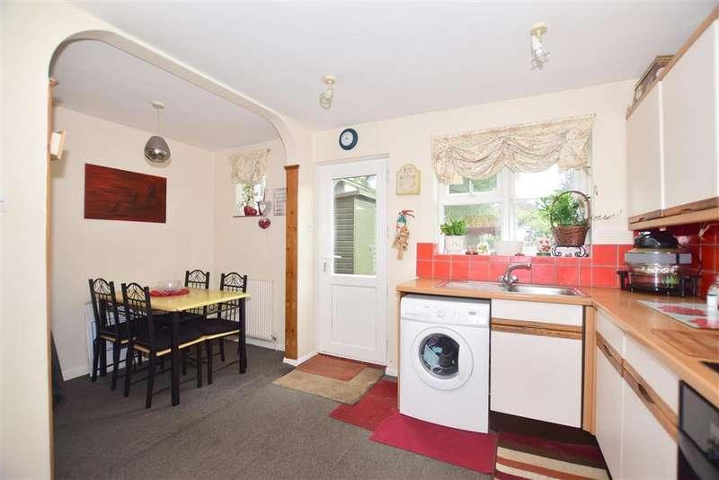 2 Bedrooms Detached House for sale in Trafalgar Road, Horsham, West Sussex