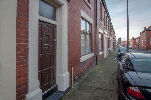 3 Bedrooms Terraced House for sale in Norris Street, Fulwood, Preston, PR2