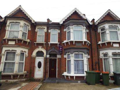 4 Bedrooms Terraced House for sale in Manor Park