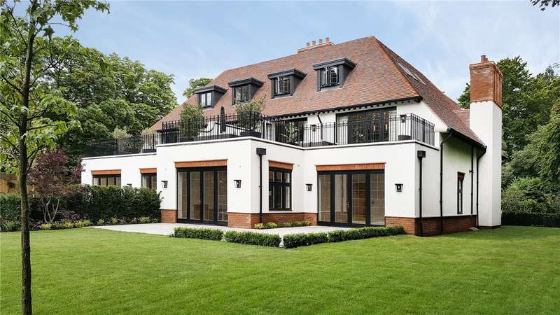 3 Bedrooms Flat for sale in Commonweal Lodge, 11 Woodcote Lane, Purley, CR8