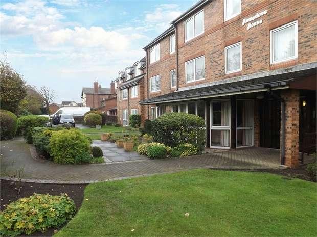 1 Bedroom Flat for sale in Blundellsands Road East, Liverpool, Merseyside