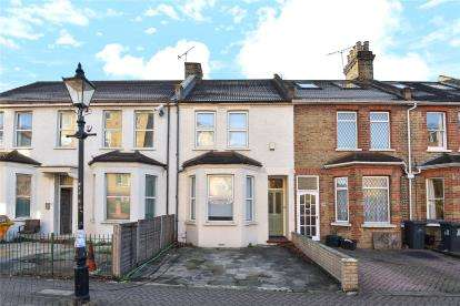 3 Bedrooms House for sale in North Street, Bromley