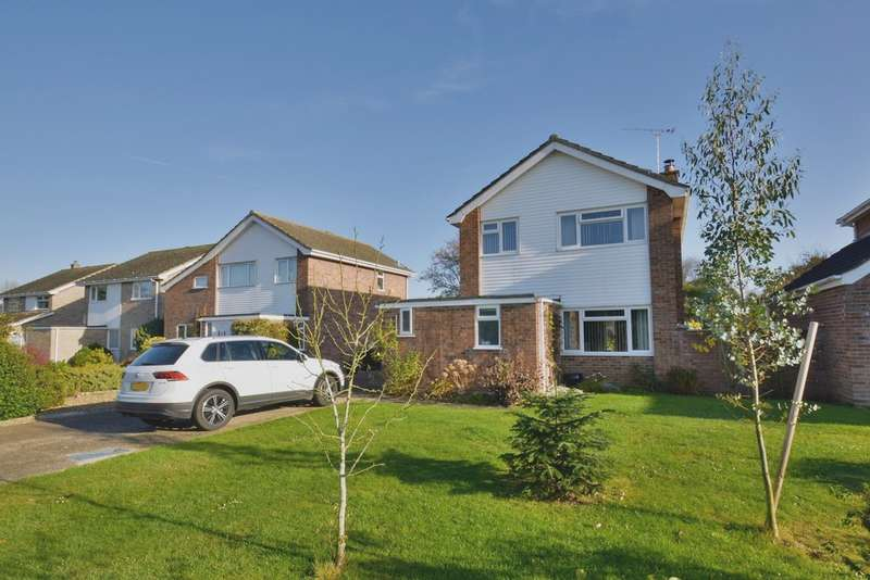 3 Bedrooms Detached House for sale in Cherrywood, Harleston