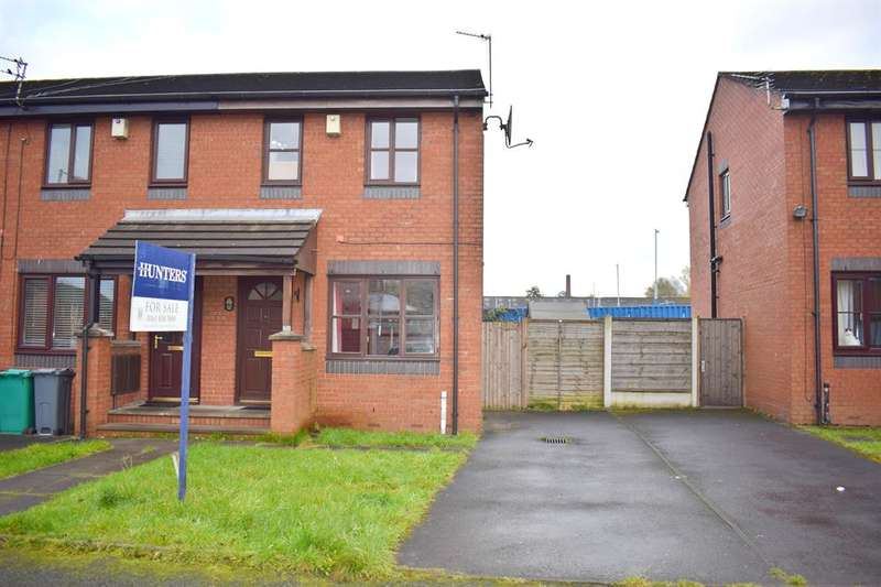 2 Bedrooms Semi Detached House for sale in Dob Brook Close, Manchester, M40 1DB