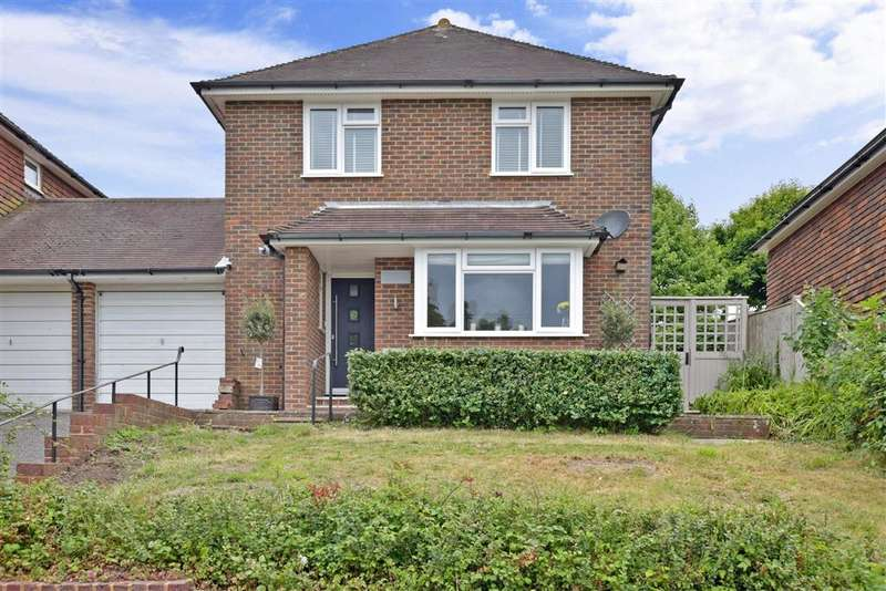 3 Bedrooms Detached House for sale in Sheepdown Drive, Petworth, West Sussex