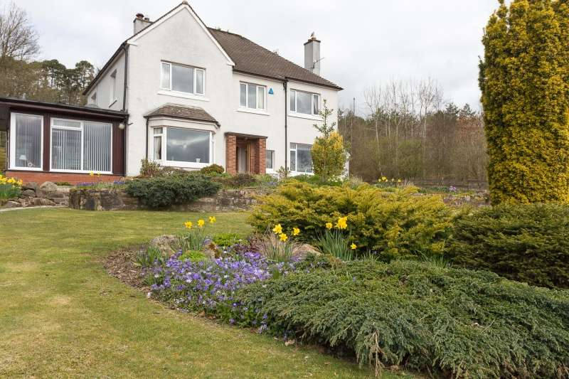 4 Bedrooms Detached House for sale in Linton Bank Drive, West Linton, Borders, EH46 7DT