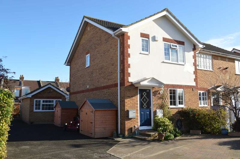4 Bedrooms End Of Terrace House for sale in Smith Street, Gosport