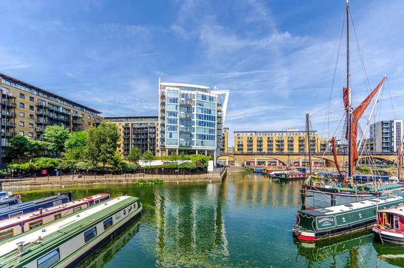2 Bedrooms Flat for sale in Berglen Court, Limehouse, E14