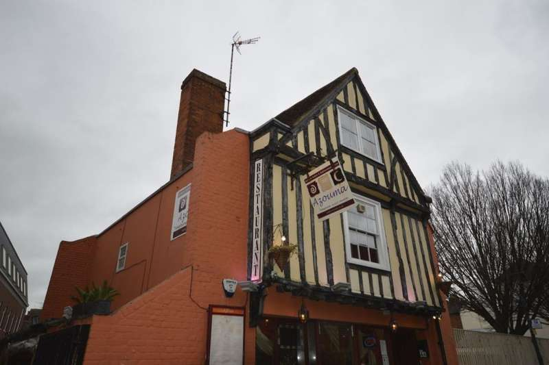 5 Bedrooms Flat for rent in Church Street St. Pauls, Canterbury, CT1